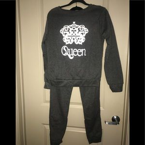 Queen Crown Pattern Sweatshirt and Pants